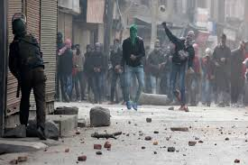 Clashes in old Srinagar post CM's function