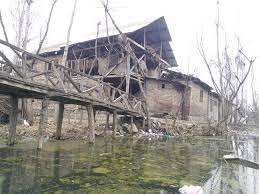 HC miffed over collusion between LAWDA, police, mafia over encroachment on Dal Lake