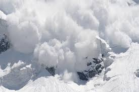 Two killed in Pulwama avalanche