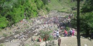 People throng 'healing' spring in Doda district