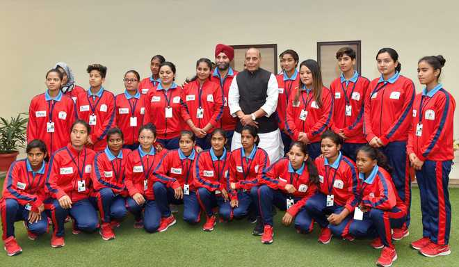 Members of Jammu and Kashmir s first women football team today met Union  Home Minister Rajnath Singh and apprised him of the difficulties being  faced by ... 3c918ca2da