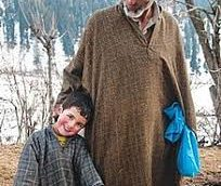 Untold story of Kashmiri Pheran and its place in Kashmir's History