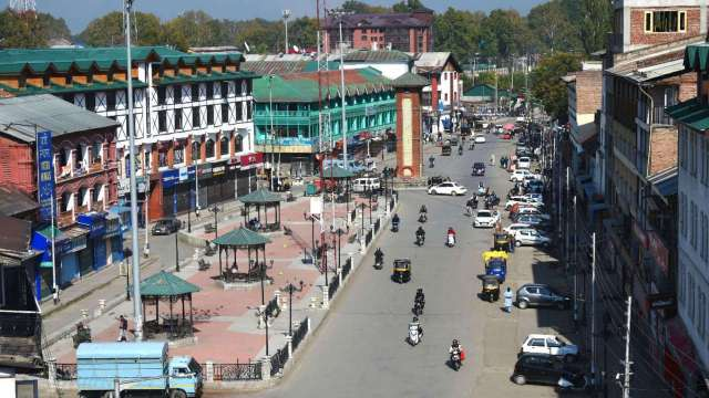 Amid COVID Surge, lock-down extended acoss J&K till May 17
