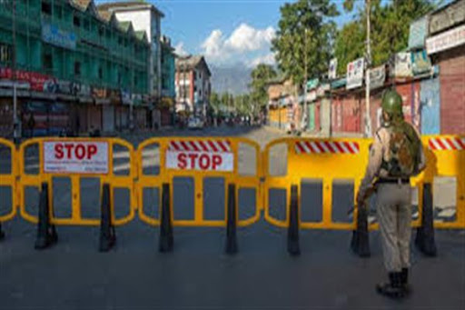 Strict restrictions continue on 20th day in Kashmir, 157 Arrested, 869 fined for lockdown violations