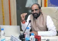 Centre plans to reach out to Kashmiris : Hansraj Gangaram