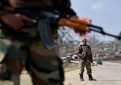 Four rebels, army soldier killed in encounter in Shopian