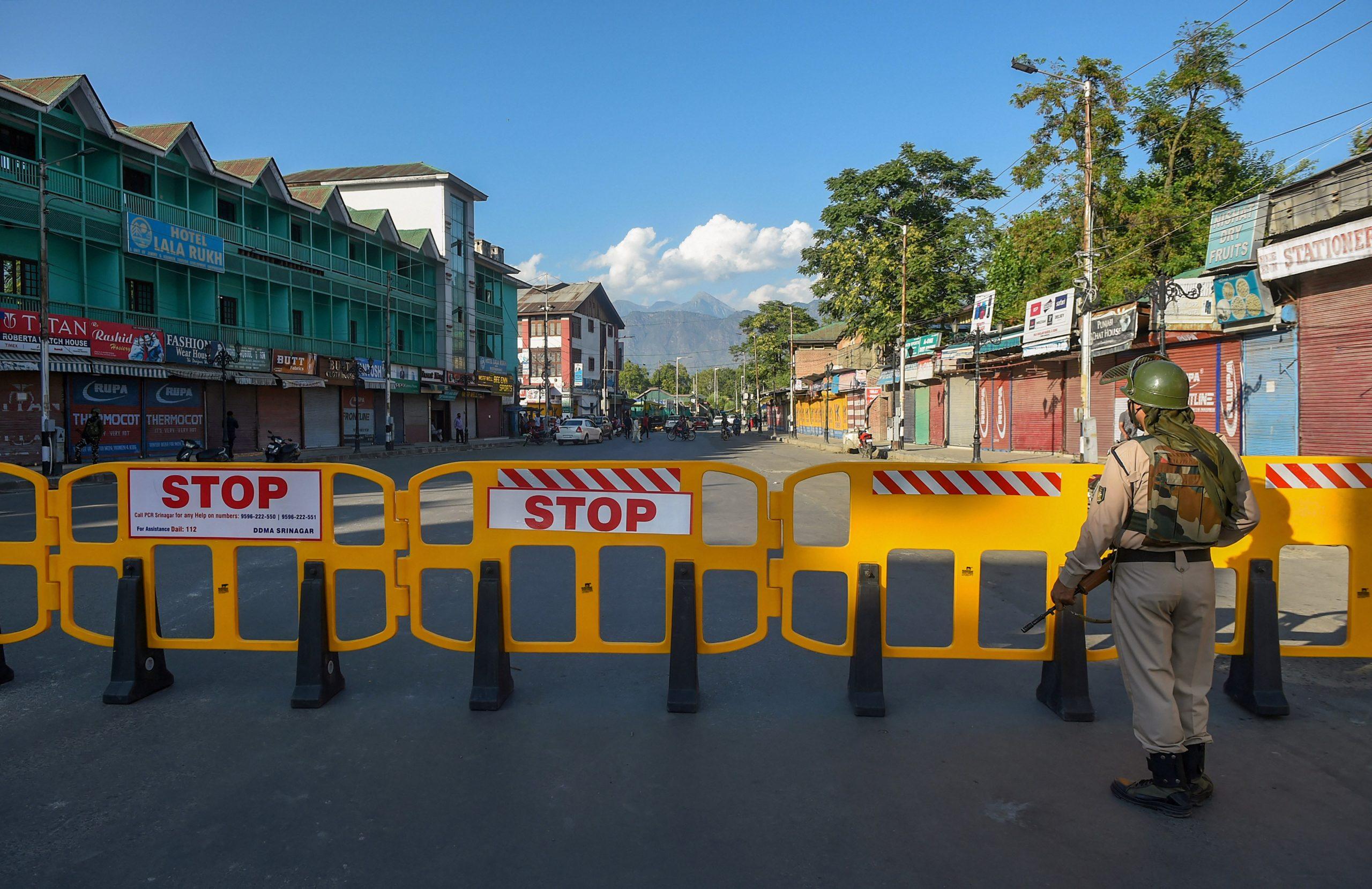Despite dip in coronavirus cases, no relaxation in lockdown in Srinagar