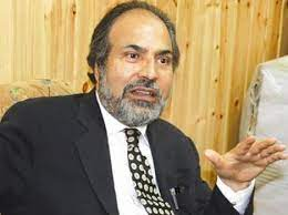 Difference in the conduct of Mehbooba Mufti during and after PM's J&K all-party meet -Muzaffar Baig