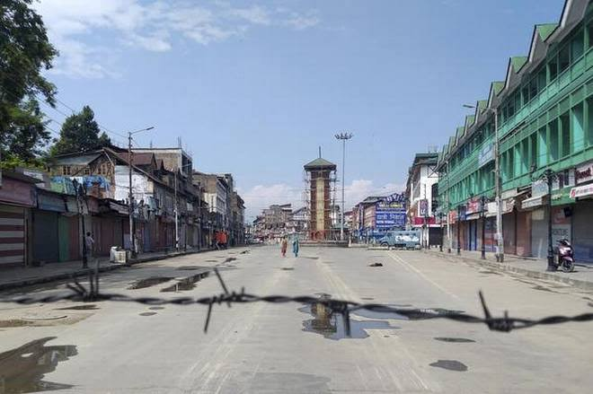Article 370 Abrogation Anniversary: Police warns Traders against observing Shutdown