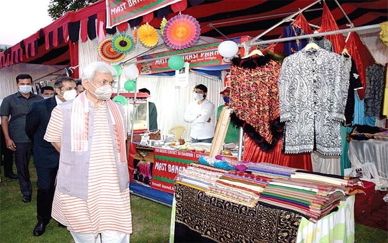 'Aao Kashmir' theme will increase tourist footfall in J&K - LG Manoj Sinha
