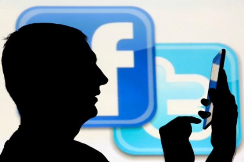How Social Media 'Clowns' are degrading Journalism in Kashmir